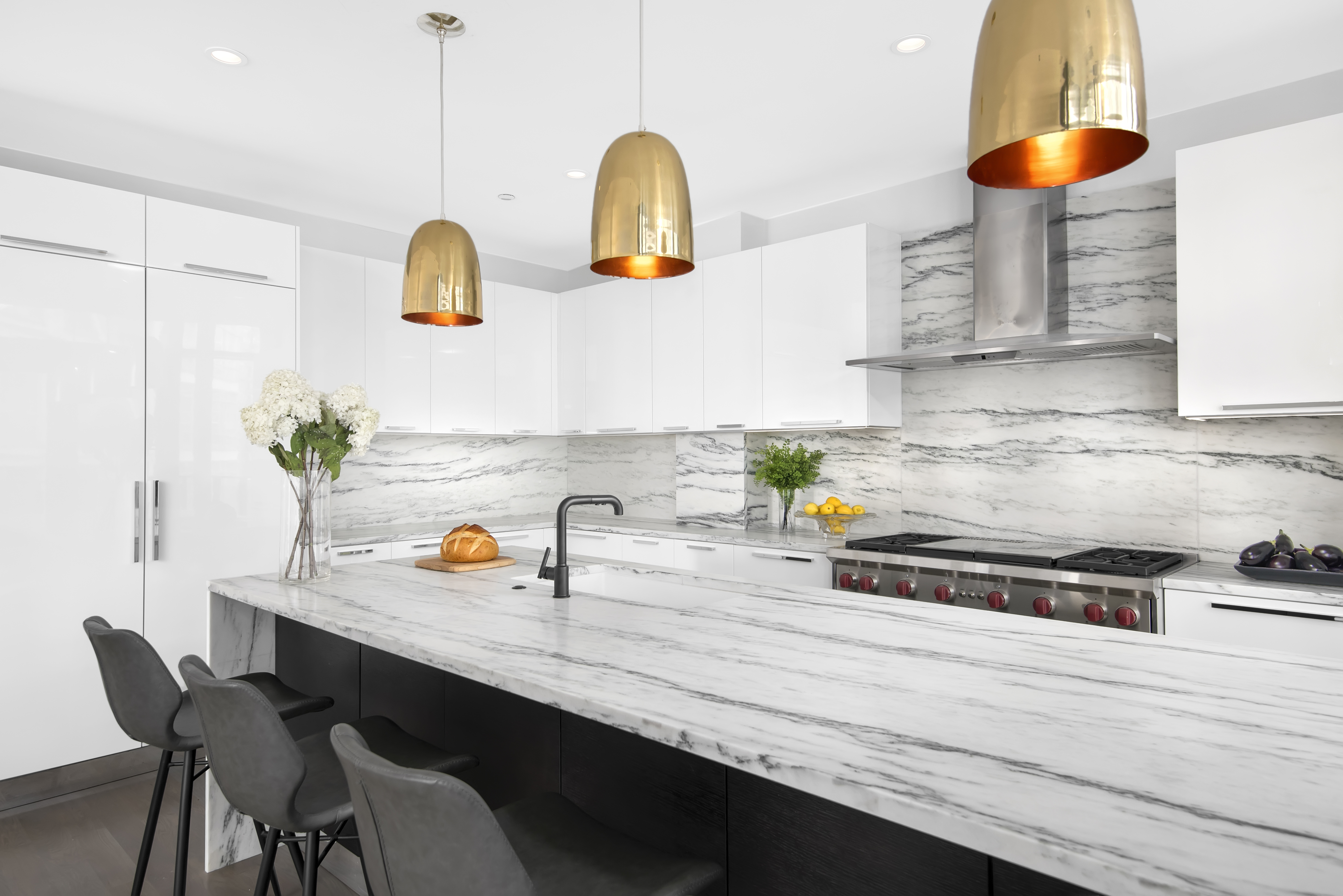 the-ronsley-luxury-condos-chicago-kitchen-design